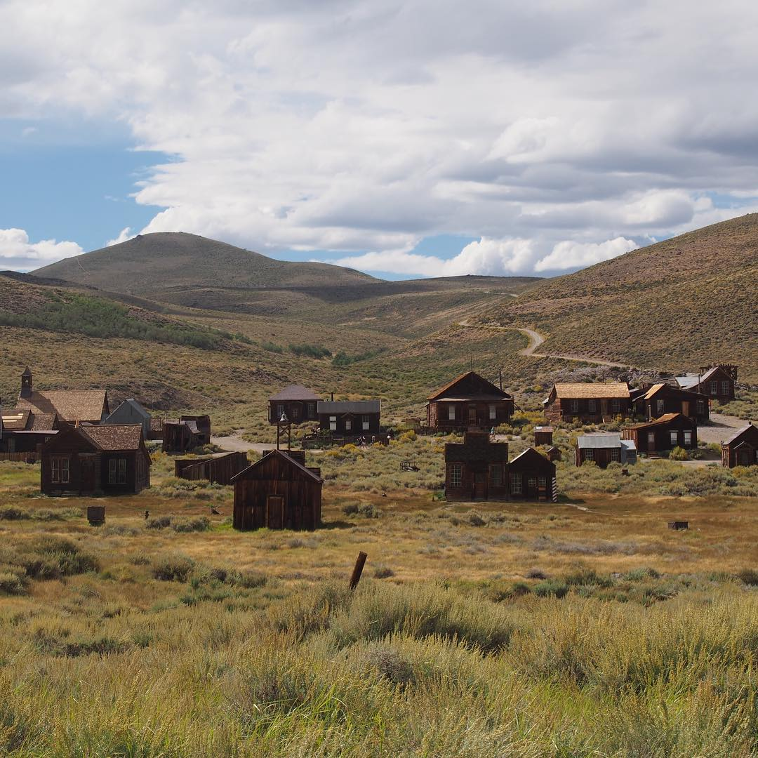 The amazing ghost town of north of A  gold town that was fully abandoned by 1942 as the gold ran out and it was gutted by fire.  This place completely made my hair stand on end.  Oh look there's